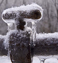 Knoxville frozen pipes, burst repair prevention
